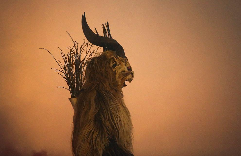 Krampusnacht il natale demoniaco 6